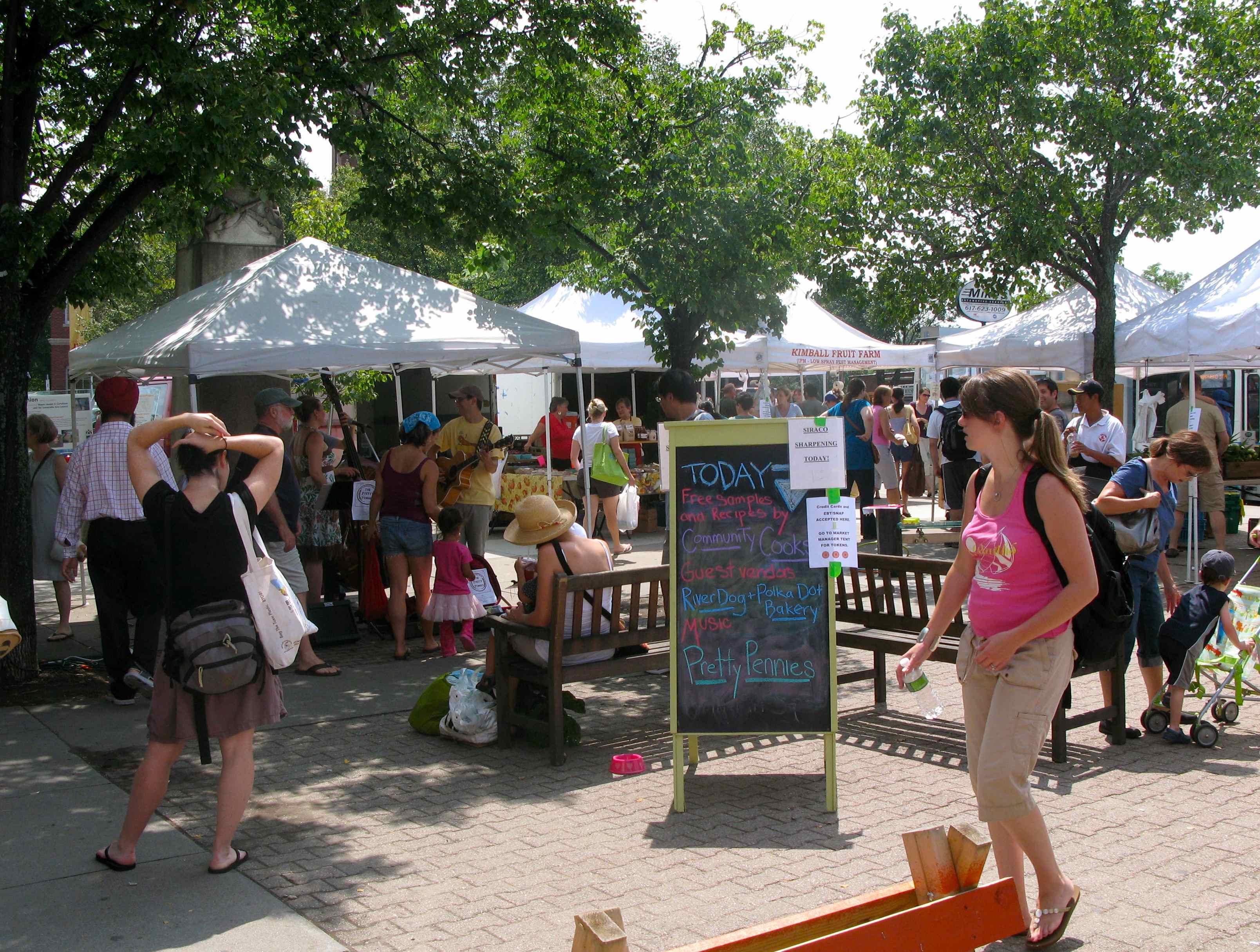 Swirl & Slice Market, every Thursday!