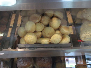 The fluffy little pockets of cheesy joy that are Modelo's pão de queijo