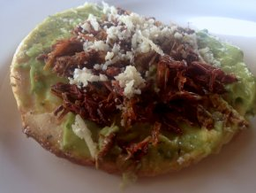 whattoeat_lunch_chapulines_0